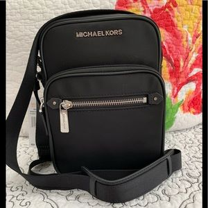 Michael Kors Bedford Zip Flight Bag